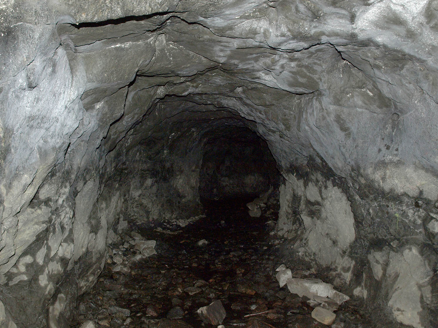 Roomy Mine Shaft