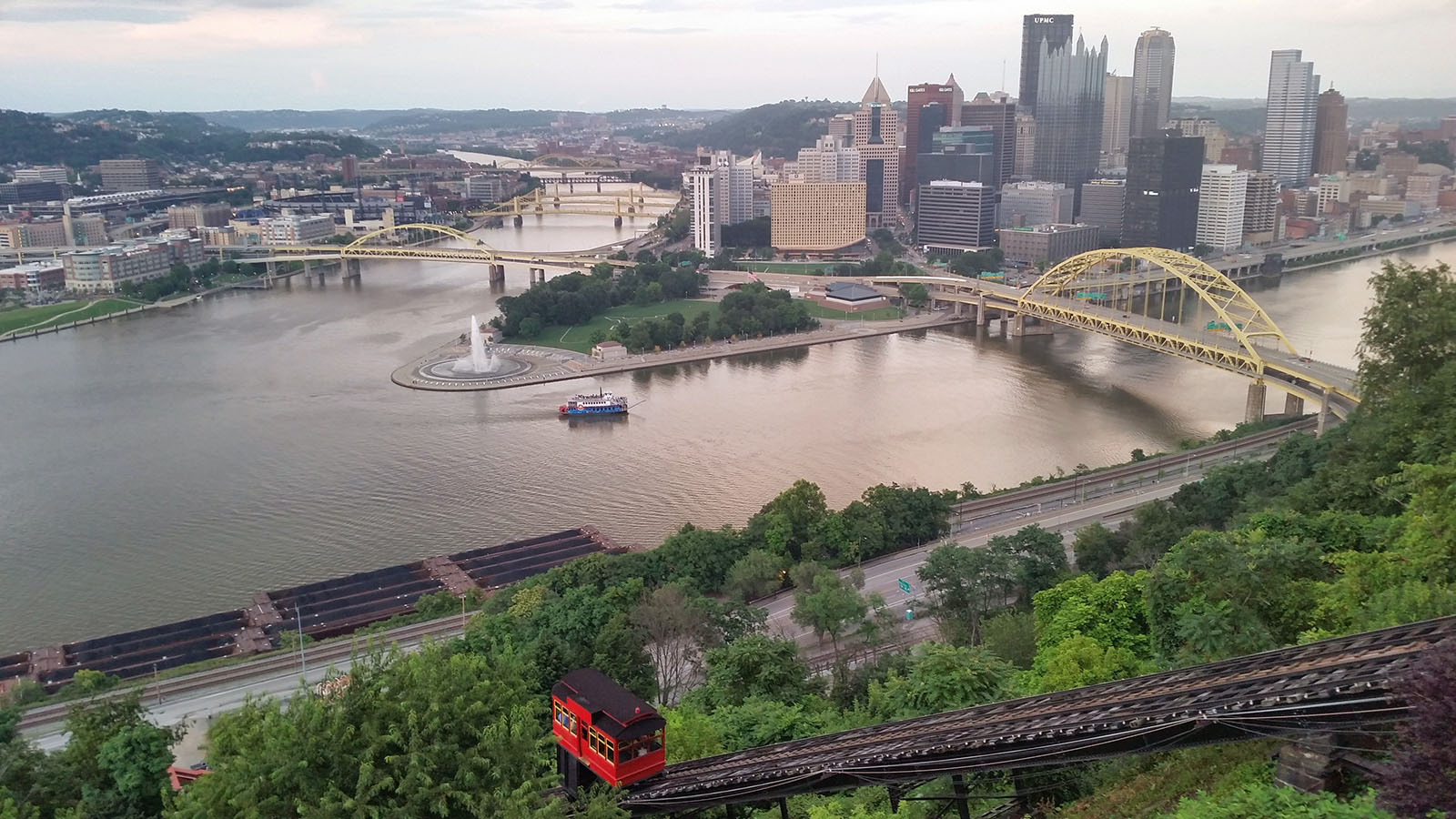 04-pittsburgh-incline