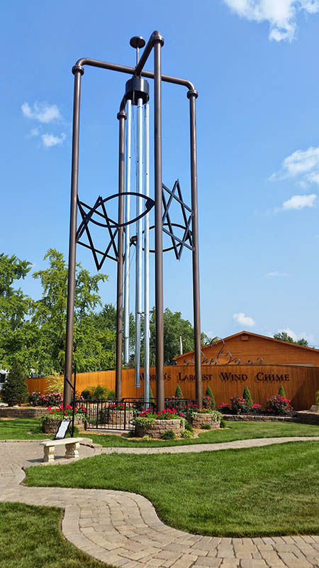 05-largest-wind-chime