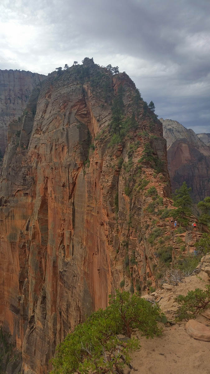 29-angels-landing-trail