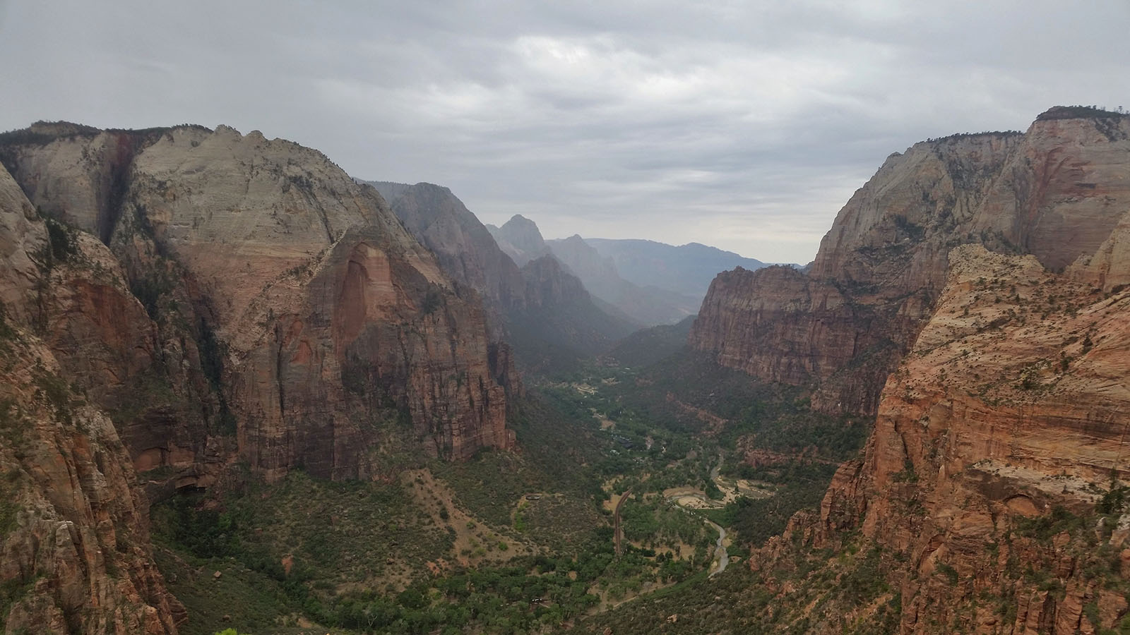 30-angels-landing-view